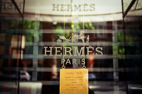 Hermes Luxury Logo